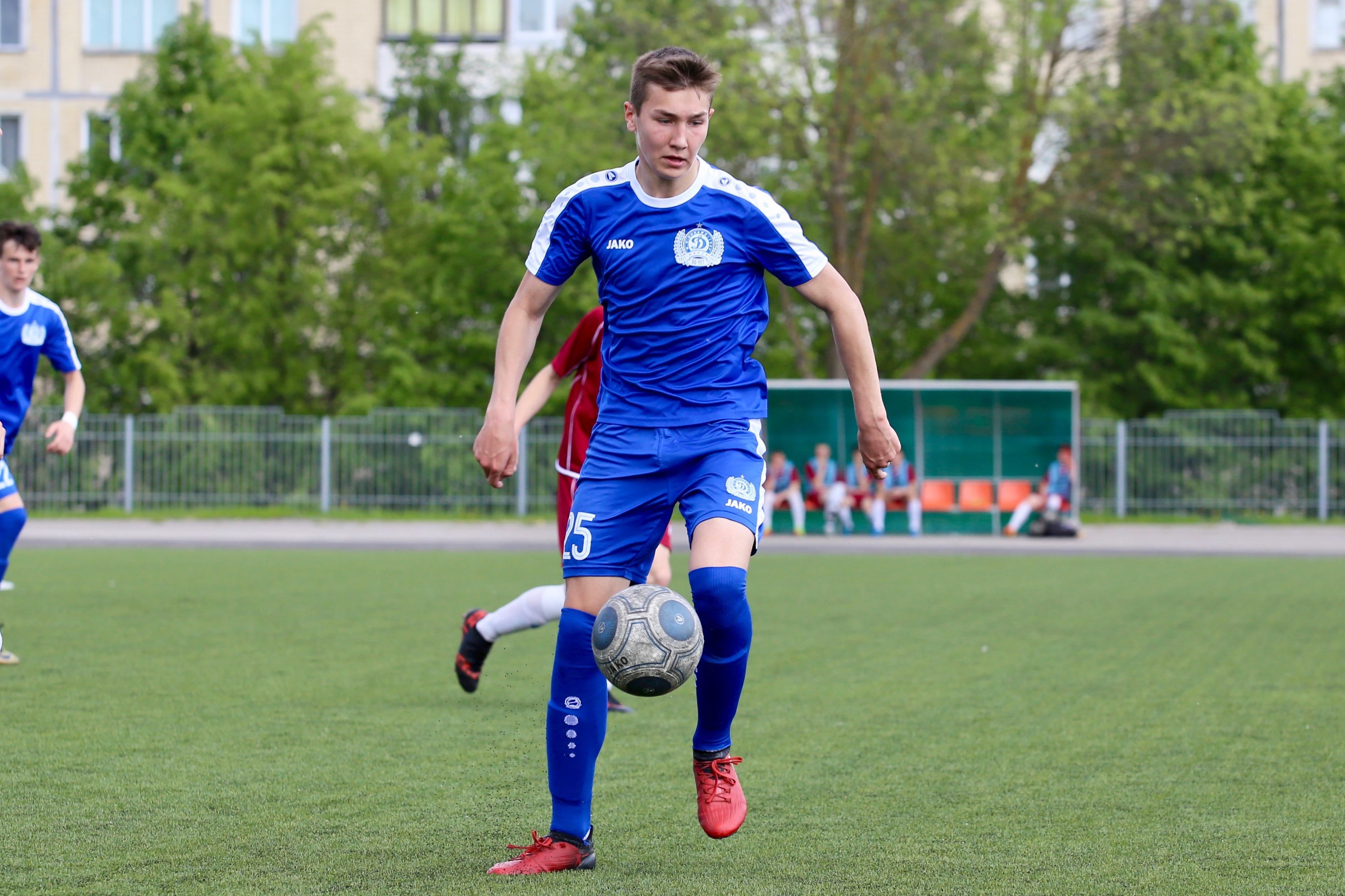 Владислав Ложкин