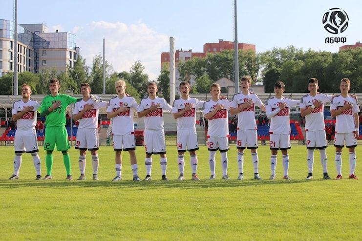 Отбор в юношескую футбольную школу милан