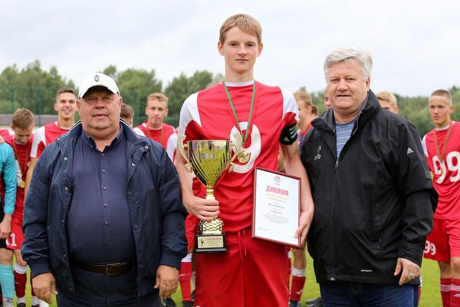 Кирилл Зинович